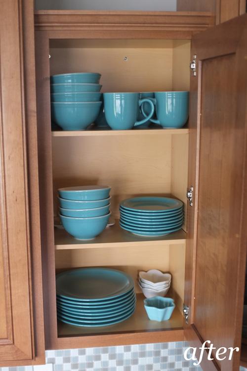 Vintage Teal Stoneware Dinnerware