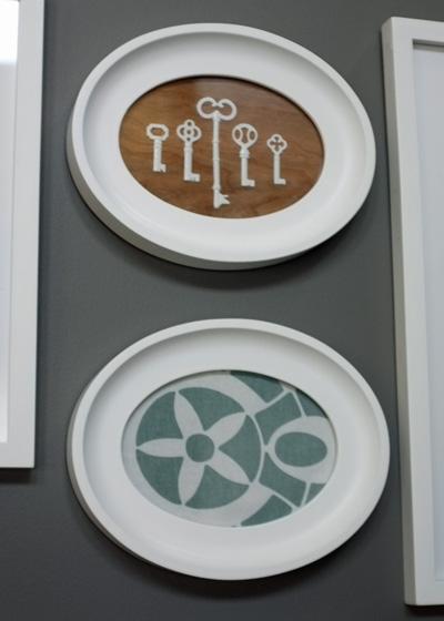 Oval framed keys