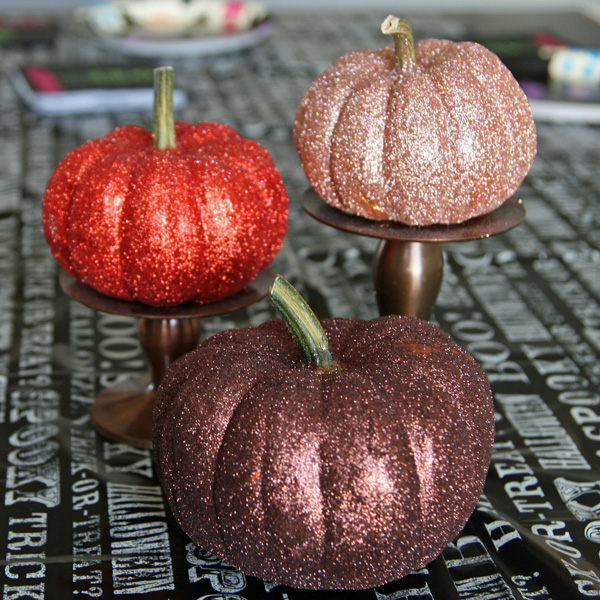 Glittered Pumpkins {Tutorial}