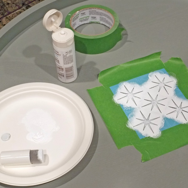 Stenciling a Wooden Tray
