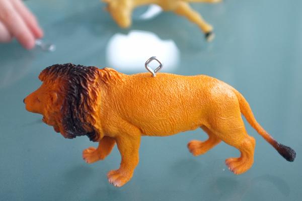 Plastic Animal Ornaments