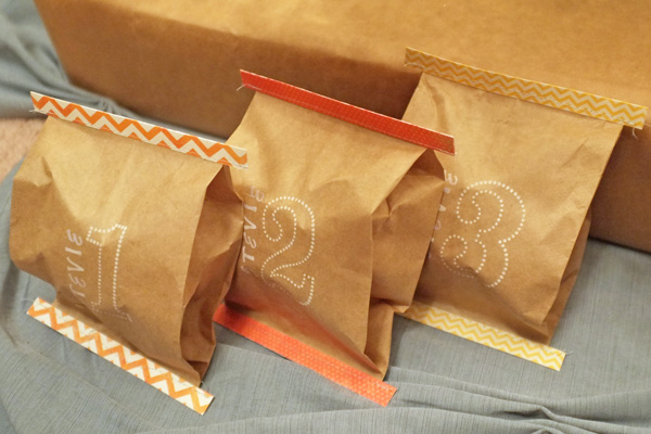 Mini Feed Bag Gift Wrap