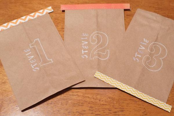 Mini Feed Bag Gift Wrap