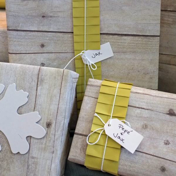 Paper Ruffle gift wrap