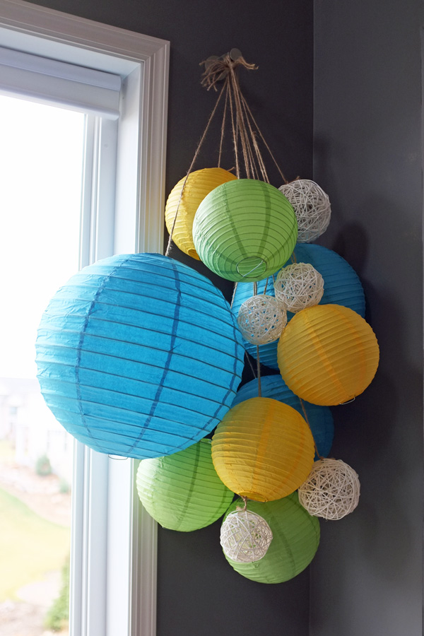 10 reasons paper lanterns are better than balloons for Balloon chandelier decoration