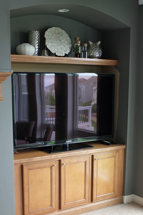 Styling The Family Room Built Ins Amp Mantel