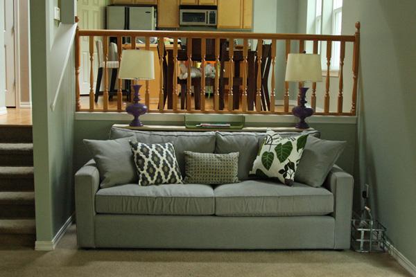 Before after olive aubergine living room for Aubergine living room ideas