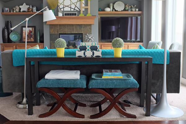how to style a sofa table school of decorating by jackie hernandez. Black Bedroom Furniture Sets. Home Design Ideas