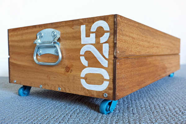 rolling-storage-crate