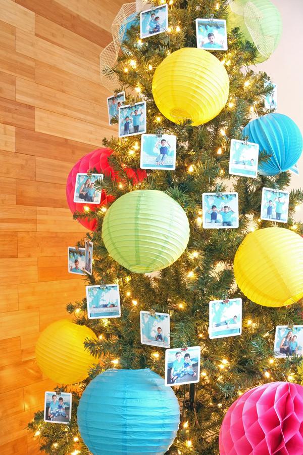 Fun paper lantern Christmas tree | tealandlime.com