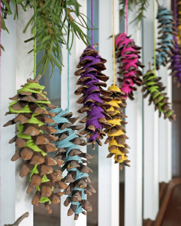 Easy Yarn Wrapped Pinecone Garland