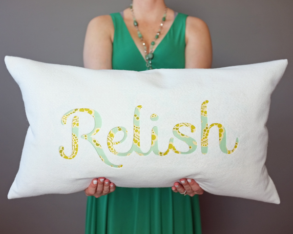 How To Make a Felt Engraved Pillow   Teal & Lime for Makelyhome.com