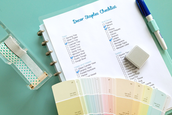 Add this checklist of over 120+ decor ideas to your decorating toolbox | tealandlime.com