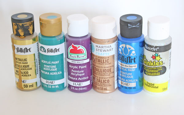 What paint to use and when comparing craft and acrylic paint for How to paint bottles with acrylic