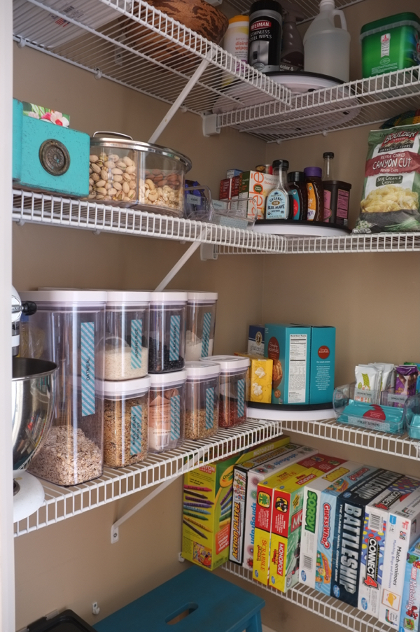 How I Organized My Pantry So It Never Becomes A Mess Again