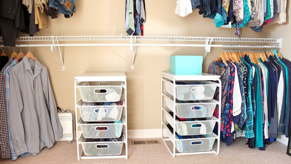 Pretty Wire Mesh Drawers For Storing Folded Clothes Without Dressers