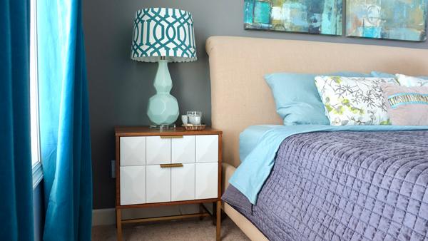Gray velvet quilt for a modern bedroom
