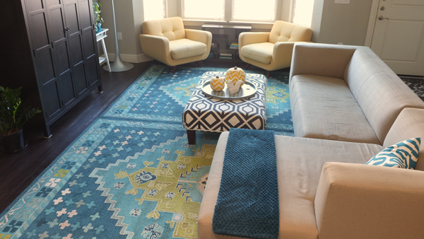 5 Rug Rules I Broke In My Living Room School Of Decorating